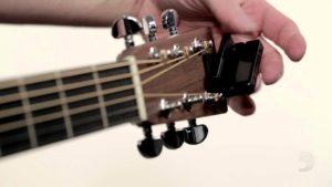 Afinación afinador clip guitarra y bajo