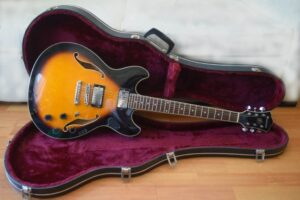 Ibanez AS73 Artcore Review Reseña