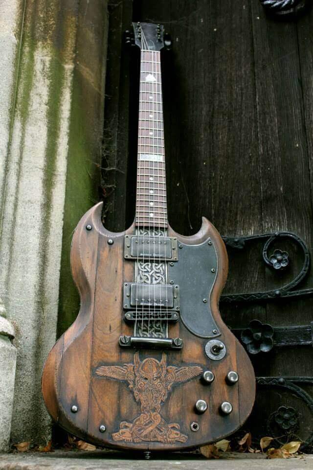 Gibson SG Vikinga