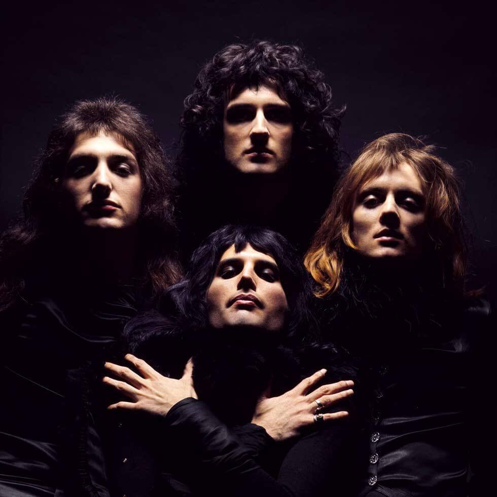Portada del album Queen II, London, 1974.