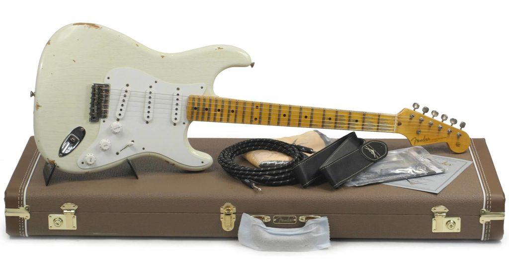 Imagem de uma relíquia Fender Stratocaster Custom Shop Branco Olímpico
