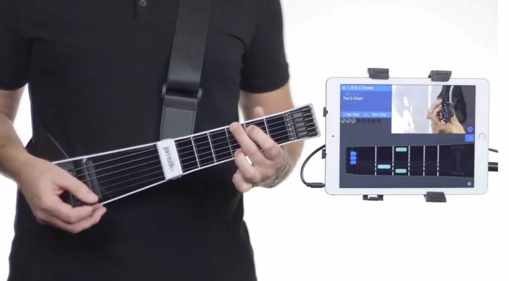 Jamstik, Gitarrenhals mit intelligentem Griffbrett, ideal zum Erlernen des Gitarrenspiels.