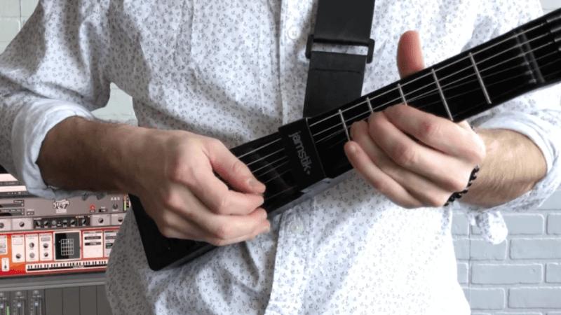 ¿Cómo practicar sin guitarra o bajo? ¡Los mejores consejos 2020!