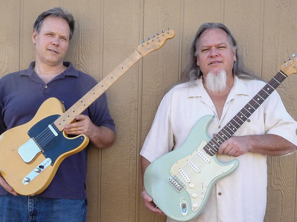 Fotografia de Jay W. Black (esquerda) e John Page (direita)