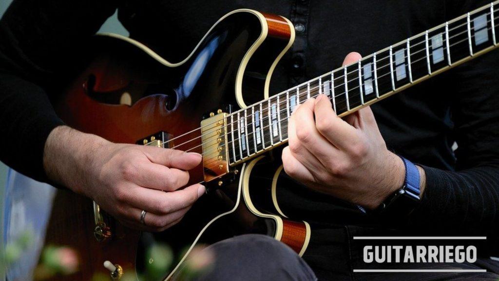 Gitarrenskalen für Anfänger – schnell und einfach zu erlernen