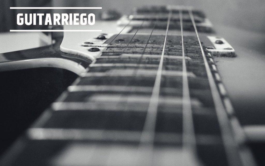 Tricks, um den Klang Ihrer Gitarre zu verbessern: Saitenhöhe.