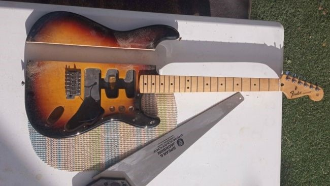 Fender Stratocaster Standard MIM cortada a mano.