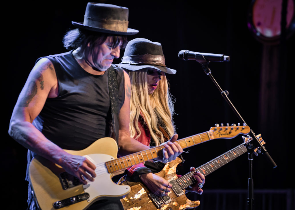 Richie Sambora with Orianthi playing a Fender Esquire, the first guitar with a single pickup.