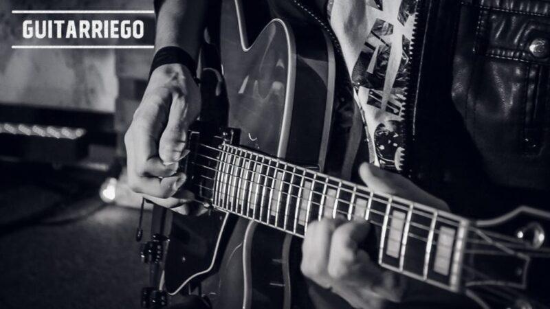 초보자를위한 재생하는 가장 쉬운 기타 코드 노래
