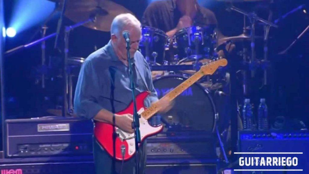 Gilmour suona la sua Fender Stratocaster Vintage Reissue 57 Candy con EMG