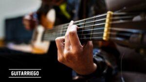 Aprende a tocar la guitarra eléctrica, clásica, espeñola, acústica y criolla, curso gratis para principiantes