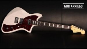 Fender Meteora Custom Shop: Modelo original de la Alternate Reality.