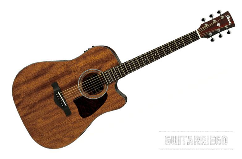 Ibanez AW54CE, eine der besten preiswerten Akustikgitarren für Anfänger, entweder angetrieben oder ausgesteckt, mit ausgezeichnetem Zugang zu den hohen Bünden.