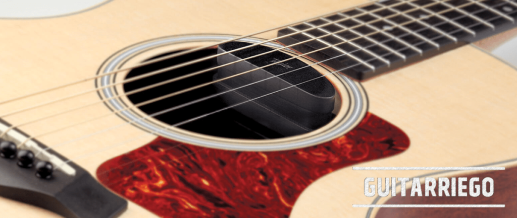 Taylor ES-GO: Pickup für GS Mini, verwandelt Ihre Gitarre leicht in Elektroakustik.