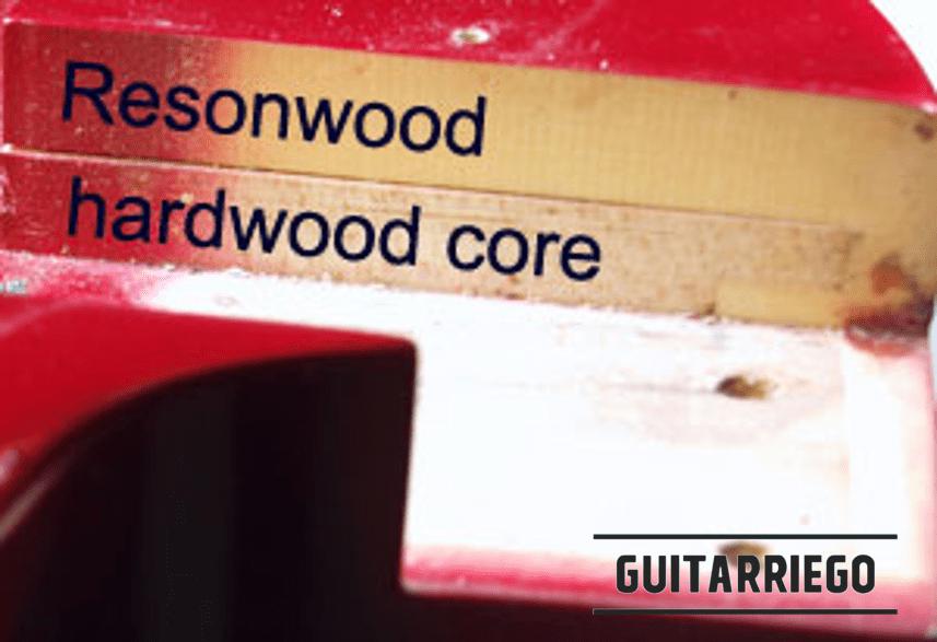 """Corps Gibson Sonex composé d'un noyau en bois d'érable et d'un matériau synthétique appelé """"Resonwood""""."""