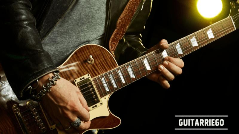 带有 Tab 的初学者的简单而著名的吉他即兴演奏